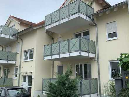 Tolle 3-Zi-Wohnung mit Balkon & Einbauküche - 1. OG - in Aschaffenburg Schweinheim