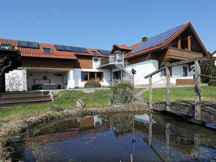 Perfektes Zweifamilienhaus für eine Familie in Altheim/Essenbach