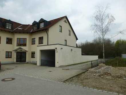 Gepflegte 3-Zimmer-Erdgeschosswohnung mit Terrasse und kleiner Garten in Türkheim