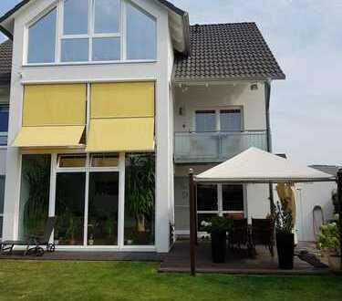 Schöne Doppelhaushälfte mit vier Zimmern und zwei Bädern in Itzum, Hildesheim