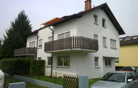 Helle, moderne 3-Zimmer-Dachgeschosswohnung mit Loggia in Bensheim-West von Privat