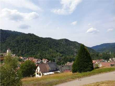 RE/MAX - Bauplatz / Baugrundstück mit herrlicher Aussicht über den Schwarzwald!