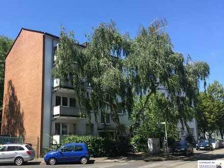Modernisierte 3 Zimmer Wohnung in Köln-Riehl  ca. 65 m², Balkon, Fußbodenheizung, Wannenbad