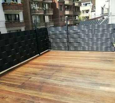 Erstbezug - Dachterrasse - super helle Wohnung