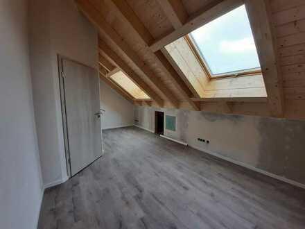 Erstbezug: ansprechendes 1-Zimmer-Reihenhaus mit gehobener Innenausstattung in Geltendorf, Hausen