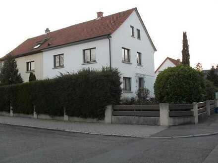 2 ZKB Garage, Stellplatz, Garten... kpl. saniert, Provisionsfrei