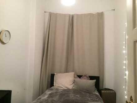 Traumhaft schönes WG-Zimmer im Herzen des Viertels!