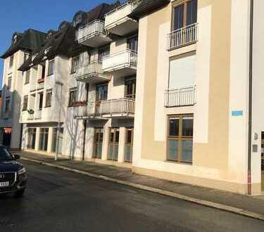 Schöne, geräumige ein Zimmer Wohnung in Zwickau, Mitte-Süd