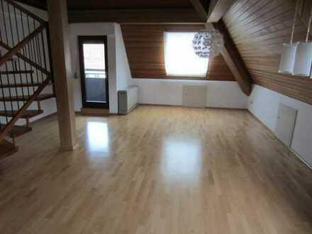 Bad Urach, 4 Zi Maisonette WHG, 97qm, Balkon, Garage, EBK