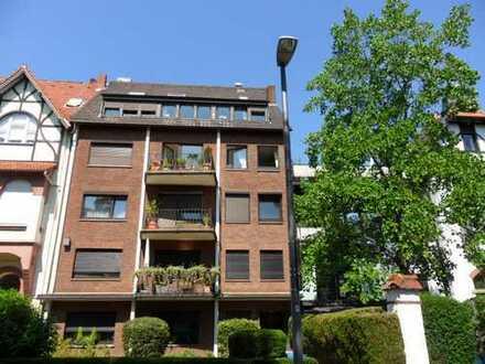 Großzügige 3 Zimmer Wohnung mit Balkon in sehr guter Lage!