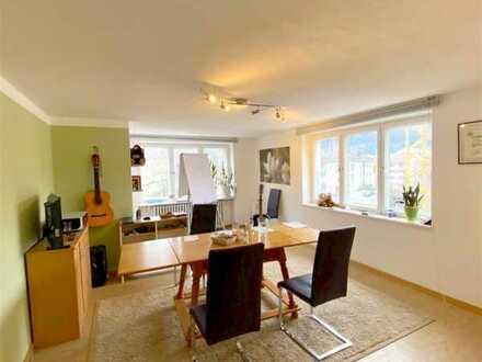 Büro/Praxis/Semiar-Räume ca. 80 m², 1. Stock, teilbar, mehrer Zugänge, Stellplatz