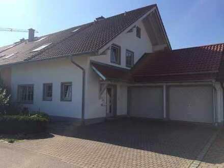 Schönes Haus mit fünf Zimmern in Mühldorf am Inn (Kreis), Mettenheim