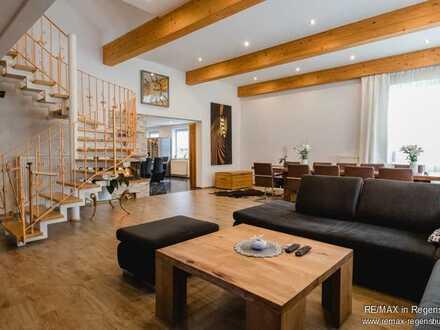 Schmidgaden: ca. 880 m², Schickes Loft mit Gewerbehalle und 5.069 m² Grundstück