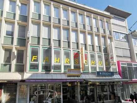 Helle, kleine Bürofläche in der Innenstadt Stuttgarts