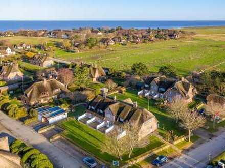 Kapitalanlage - Fünf Hausteile unter Reet