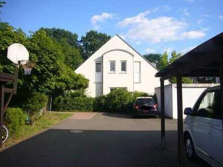 Attraktive 3,5-Zimmer-Stadthaus mit kl. Galerie in Laufamholz