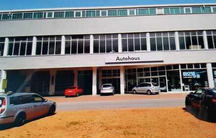 Autowerkstatt 255m² mit Hebebühnen und Bremsenprüfstand zu vermieten