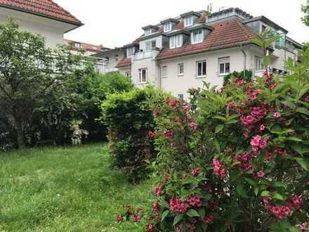 Gartenhaus* tolle 1 Zimmer-Wohnung mit Balkon in STÖTTERITZ* sep. Küche mit EBK * ab sofort