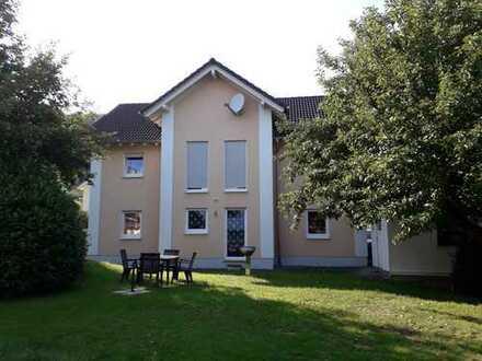 Schönes Haus mit 10 Zimmern in Siegen-Wittgenstein (Kreis), Burbach