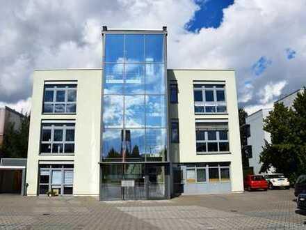 HEMING-IMMOBILIEN - Großzügige Bürofläche im Hechtsheimer Gewerbegebiet