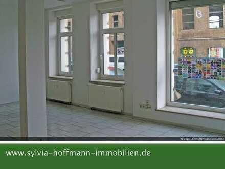* Ladengeschäft vielseitig nutzbar * großes Schaufenster * zentrale Lage *