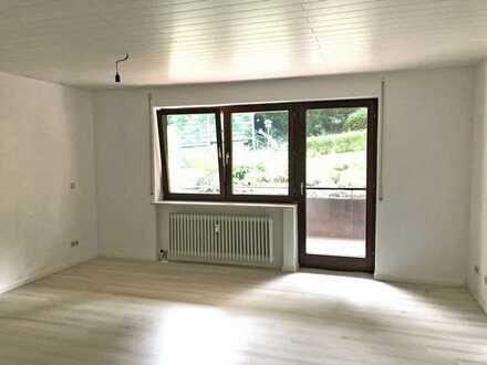 Freundliche 3-Zimmer-Erdgeschosswohnung mit Balkon und EBK in Unterreichenbach