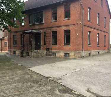 Schönes, geräumiges und gepflegtes Bauernhaus mit 8 Zimmern in Gronau/ Leine OT Wallenstedt