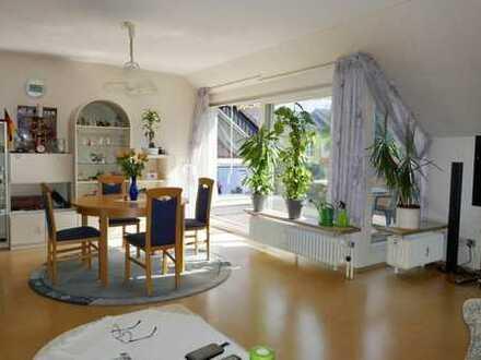 Citynahe 3-Zimmer-DG-Wohnung in BI-Stieghorst mit sonniger Dachterasse!!!