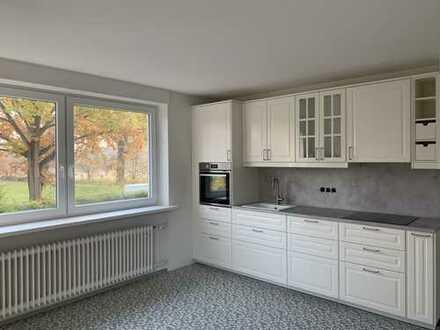 Helle, frisch sanierte 4,5-Zimmer Wohnung mit großer Süd-Terrasse - 15min vom Hauptbahnhof
