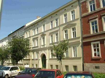 2-Raumwohnung mit Balkon incl. Einbauküche