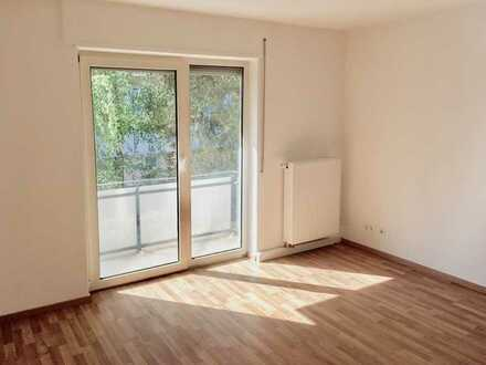 Einziehen und wohlfühlen in Ihre 4-Zimmer-Wohnung mit Balkon