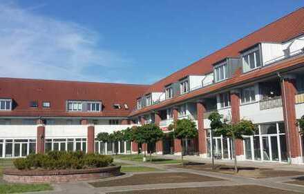 ERSTBEZUG, 1,5 Zimmer, barrierefrei, große Terrasse, Gartenanteil