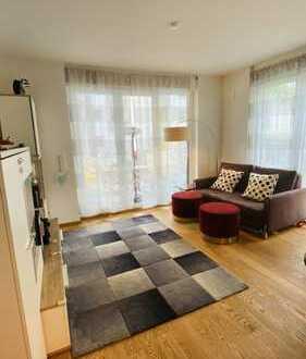 Neuwertige 3,5-Zimmer-Hochparterre-Wohnung mit Garten, Terrassen und EBK in Bogenhausen, München