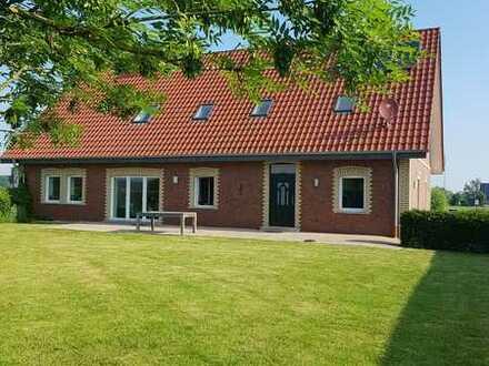 Modernes, großzügiges Wohnhaus im Außenbereich von Billerbeck