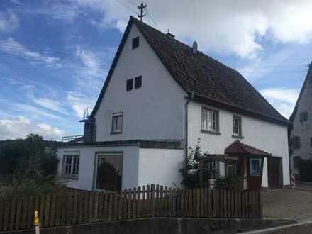 Wohnhaus mit Garage in Vilsingen