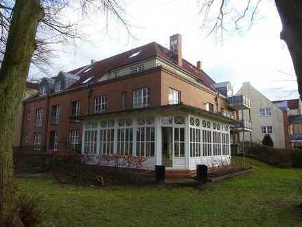 Exklusive 5 -Zimmer- Wohnung mit Blick auf dem Schweriner See zu verkaufen!
