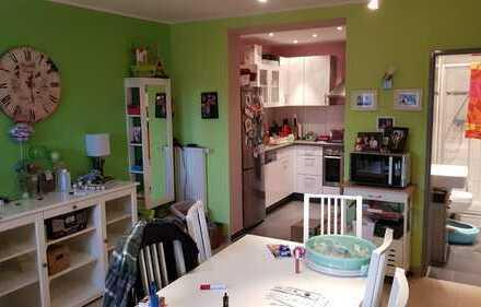 attraktives Apartment incl. hochw. Küche, mit Blick ins Grüne