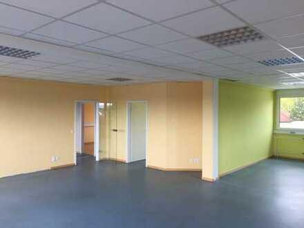 Büro und Lagerfläche