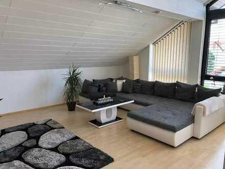 Gepflegte 3-Zimmer-Dachgeschosswohnung für Zwei