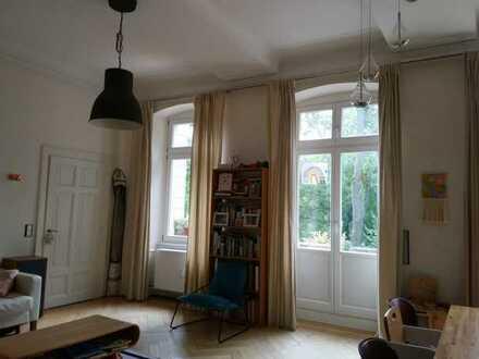 sehr schöne, großzügige Wohnung in denkmalgeschützter Villa in Heidelberg