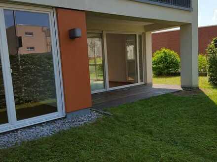 Zuhause in der Toskana - Moderne 3,5 Zimmer-EG-Wohnung mit Terrasse und Garten - Arkadien Winnenden