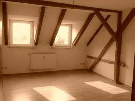Gepflegte 2-Zimmer-Maisonette-Wohnung mit Einbauküche in Frankenberg / Sa.