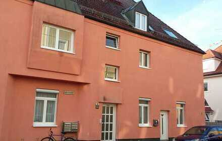 Exklusive, Großzügige Helle, Moderne 5-Zimmer-EG-Wohnung mit Garten incl. Doppelgarage in Augsburg