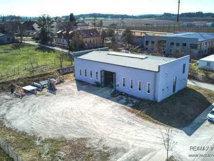 Gepflegte Werkstatt/Halle mit Büroflächen in begehrtem Gewerbegebiet