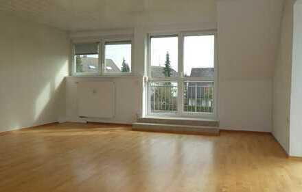 Katzwang, helle 4-ZW, ca. 115 qm, 1.OG Balkon, Garage, ruhiger Lage 2-Fam.-Haus