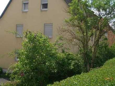 Familienfreundliche Wohnung mit Dachschräge