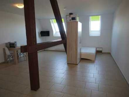 Top Single-Wohnung mit Einbauküche - Erstbezug!