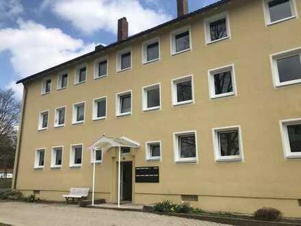Frisch Saniert ! Großzügige Wohnung mit Balkon in Weidenberg !