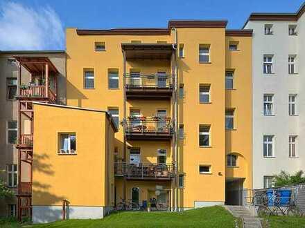 4 Zimmer in Mitte mit sonnigem Balkon und Kamin
