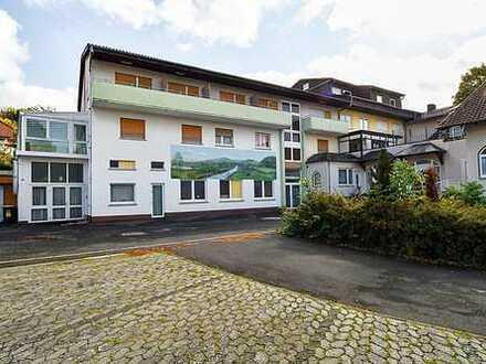 Hotelkomplex/Wohnanlage - leer stehend
